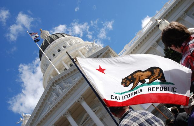 """""""Attempts to Commercialize Microgrids Fall Short in California"""""""